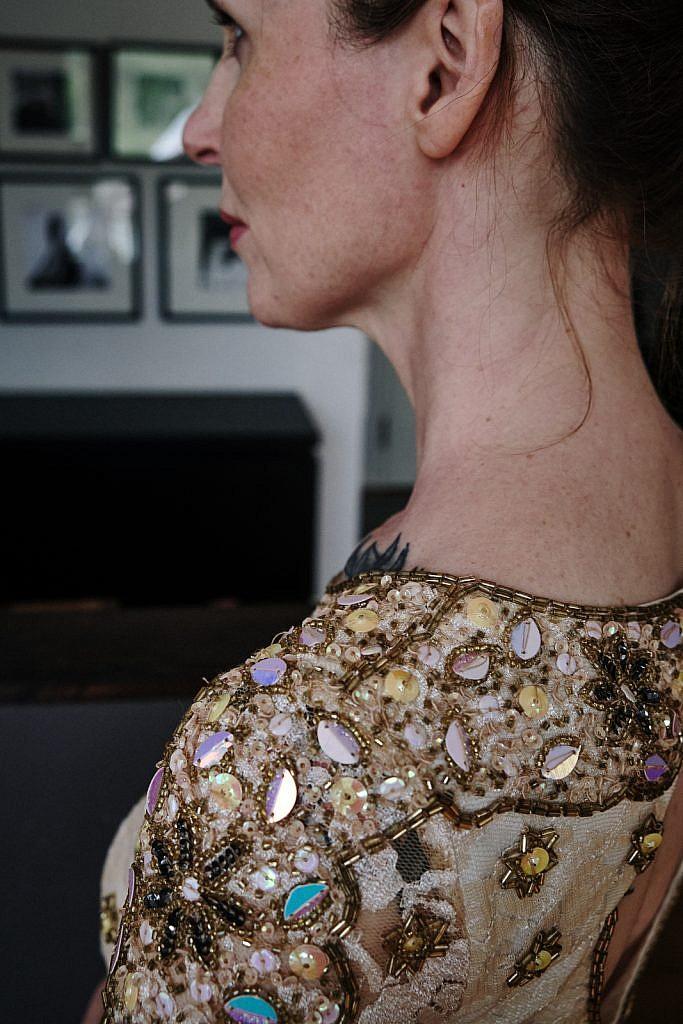 Kleidung ausmisten? Goldenes Kleid