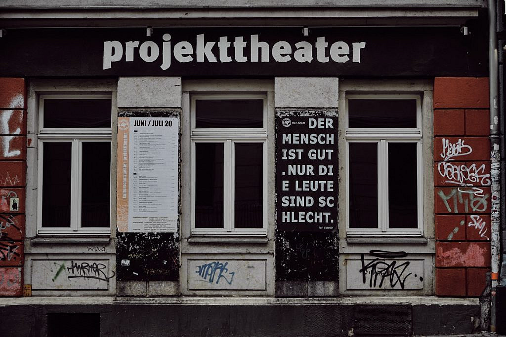Ein Wochenende in Dresden, Spurengeflüster